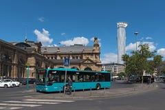 Autobusowa przerwa przed główną stacją, Frankfurt magistrala, niemiec - Am - obrazy royalty free