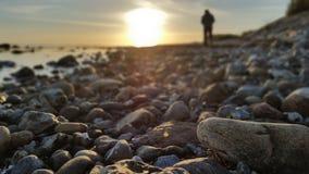 Autocamper sulla spiaggia immagine stock libera da diritti