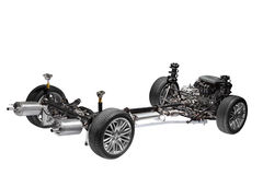 Autochassis mit Motor. lizenzfreie stockfotografie