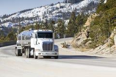 Autocisterna grande Rig Semi Truck immagine stock libera da diritti