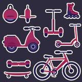 Autocollants à plat pourpres et violets de transport de ville de mode de bande dessinée réglés Image libre de droits