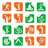 Autocollants avec des icônes de forme physique de station thermale de yoga Images libres de droits