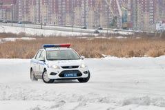 Autocompetities voor politiemannen Stock Afbeeldingen