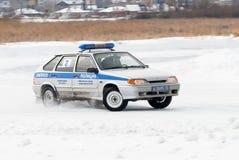 Autocompetities voor politiemannen Royalty-vrije Stock Foto's