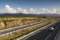 Autoestrada AP-61 Madri-Segovia spain Poucos veículos Fotos de Stock Royalty Free