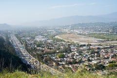 Autoestrada 5 e cidade de um estado a outro do LA Foto de Stock