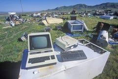 Autokerkhof met oude computer Royalty-vrije Stock Foto