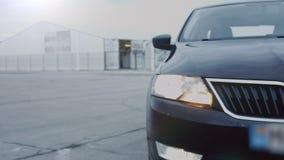 Autokoplamp die, close-up knipperen Vaag beeld stock video