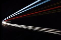 Autoleuchtespuren im Tunnel Lizenzfreies Stockbild