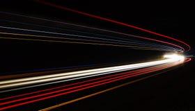 Autoleuchtespuren im Tunnel Lizenzfreie Stockfotografie