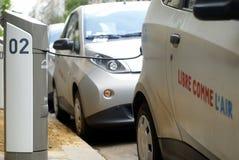 Autolib,共享服务的电车在巴黎 免版税库存照片