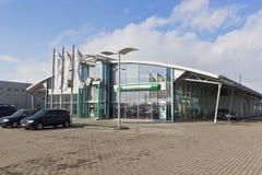Autolycus汽车展示会-正式经销商斯柯达在市沃洛格达州,俄罗斯 免版税图库摄影