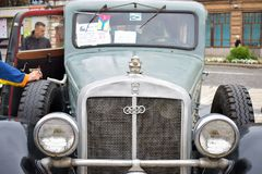Automóvel retro Horch 600 do carro clássico, construído em Alemanha em 1933, evento velho do carro imagem de stock