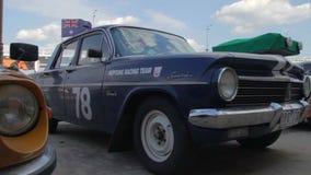 Automóvil de Holden EH por General Motors en Australia 1963-1965 almacen de metraje de vídeo