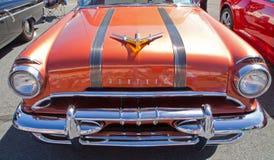 Automóvil 1955 de Pontiac de la obra clásica Fotografía de archivo
