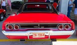 Automóvil del cargador de Dodge de la obra clásica 1968 Foto de archivo libre de regalías