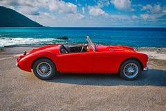 Automóvil descubierto británico 1960 de la puerta de la obra clásica 2 de MGA 1500 Fotografía de archivo libre de regalías