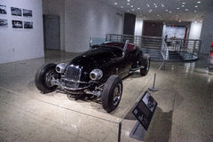 Automóvil descubierto 1927 de la aduana de Ford Model T del negro Foto de archivo libre de regalías