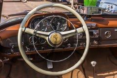 Automóvil descubierto de Mercedes Benz 190SL Imagen de archivo libre de regalías