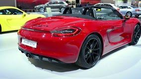 Automóvil descubierto de Porsche Boxster GTS almacen de metraje de vídeo