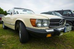 Automóvil descubierto Mercedes-Benz 450SL (R107) Imagenes de archivo