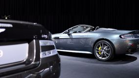 Automóvil descubierto ventajoso N430 de Aston Martin V8 almacen de video