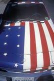 Automóvil pintado como bandera americana Imagen de archivo libre de regalías