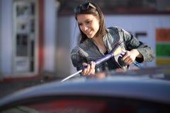 Automóvil que se lava en el servicio del uno mismo del coche que se lava manual Foto de archivo