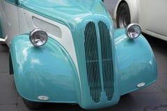 Automóvil restablecido de la vendimia Fotos de archivo libres de regalías