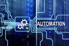 Automation av affärsprocessen och innovationteknologi i tillverkning Internet- och teknologibegreppet på serveren hyr rum backgro arkivfoton