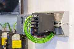Automatisch Programmeerbaar PLC van het Logicacontrolemechanisme hoge precisiemateriaal voor industrieel stock afbeeldingen