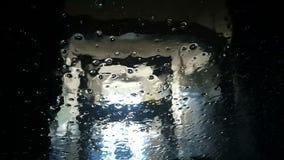 Automatische autowasserettemening van binnenuit de auto stock video