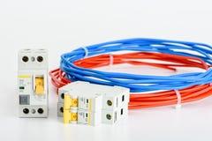 Automatische Leistungsschalter, kupfernes einkerniges Kabel Zusätze für sichere und sichere elektrische Installation elektrisch stockfotografie