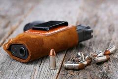 Automatische 9mm Pistole Lizenzfreie Stockbilder