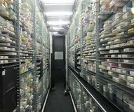 Automatische oogst en plaatsrobot voor de toepassingen van het apotheekpakhuis stock foto