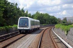 Automatisierter Zug der Metros (U-Bahn) in Kopenhagen, Dänemark stockbild