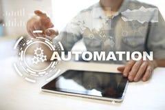Automatisierungskonzept als Innovation, Produktivität in der Technologie und in den Geschäftsprozessen verbessernd stockbilder