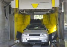 Automatisk biltvätt Arkivbild