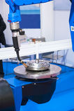 Automatisk svetsande CNC-maskin Royaltyfria Bilder