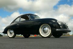 Automatiska Porsche 1953 356 Pre en kupé Royaltyfri Foto