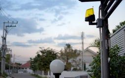 Automatyczne obruszenie domu metalu bramy Fotografia Stock