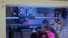 Automatycznej trójwymiarowej 3D drukarki maszynowy działanie przy technologii wystawą zbiory wideo