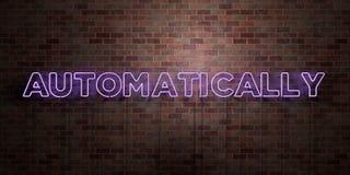 AUTOMATYCZNIE - fluorescencyjny Neonowej tubki znak na brickwork - Frontowy widok - 3D odpłacający się królewskość bezpłatny akcy ilustracji