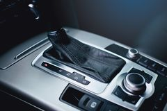 Automatyczny transnission Kierownica, deska rozdzielcza, szybkościomierz, pokaz obraz stock