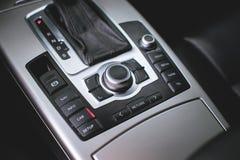 Automatyczny transnission Kierownica, deska rozdzielcza, szybkościomierz, pokaz fotografia stock