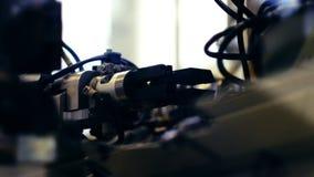 Automatyzująca maszyneria od fabryki robi drutom zbiory wideo
