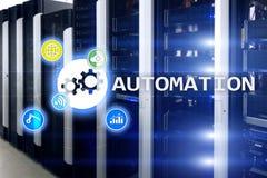 Automazione di tecnologia dell'innovazione e di processo aziendale in manufacturin Concetto di tecnologia e di Internet sul backg Fotografia Stock Libera da Diritti