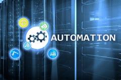 Automazione di tecnologia dell'innovazione e di processo aziendale nella fabbricazione Concetto di tecnologia e di Internet sul b Fotografia Stock
