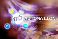 Automazione di tecnologia dell'innovazione e di processo aziendale nella fabbricazione Concetto di tecnologia e di Internet sul b Fotografie Stock