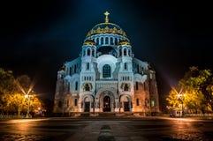 Automne à St Petersburg Kronstadt Cathédrale navale de Saint-Nicolas images stock